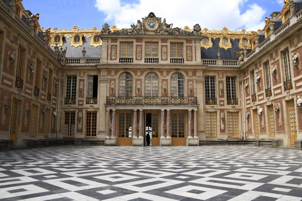 Versailles 1024x683 - 20 Amazing Places You Can Visit this Year Without Leaving Your Home